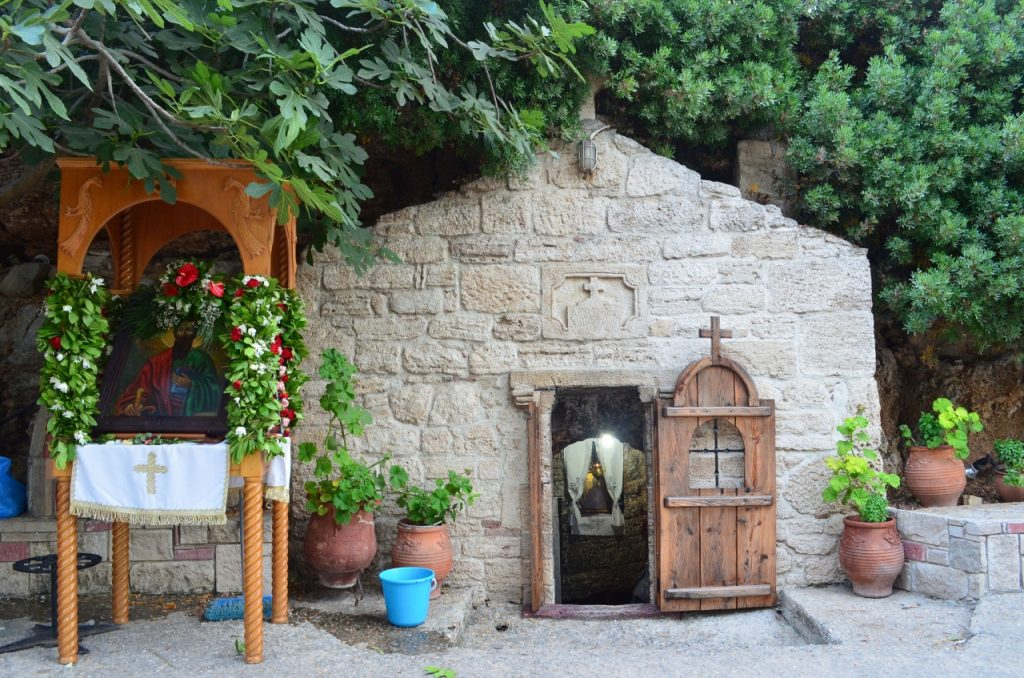 Пещерная церковь апостола Павла Греция Кассандра