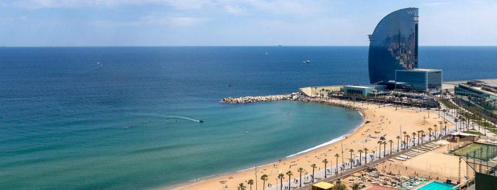 Пляж Барселонета Испания