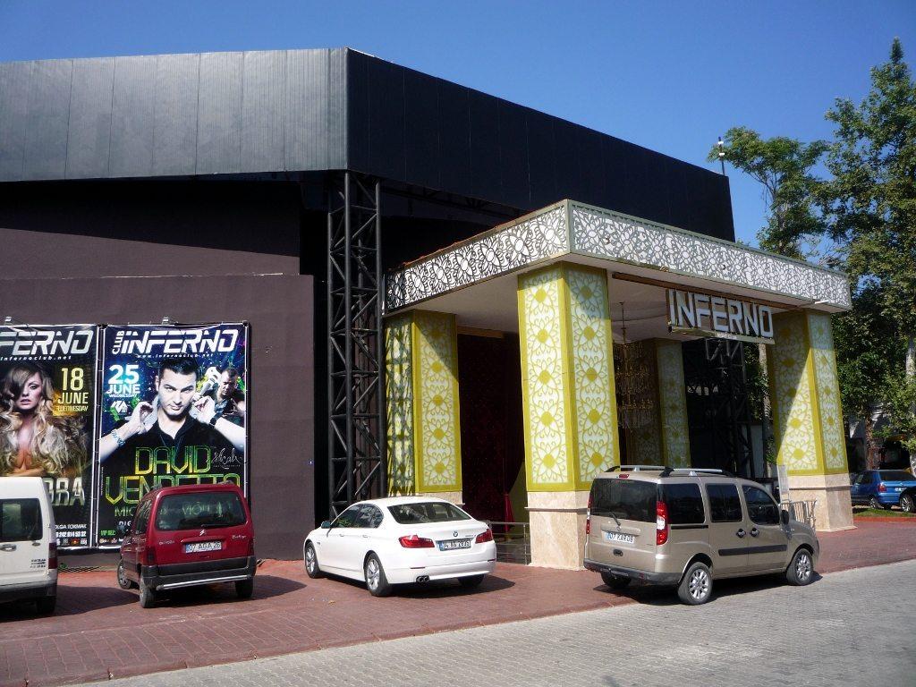 Клуб Инферно в Кемере Турция