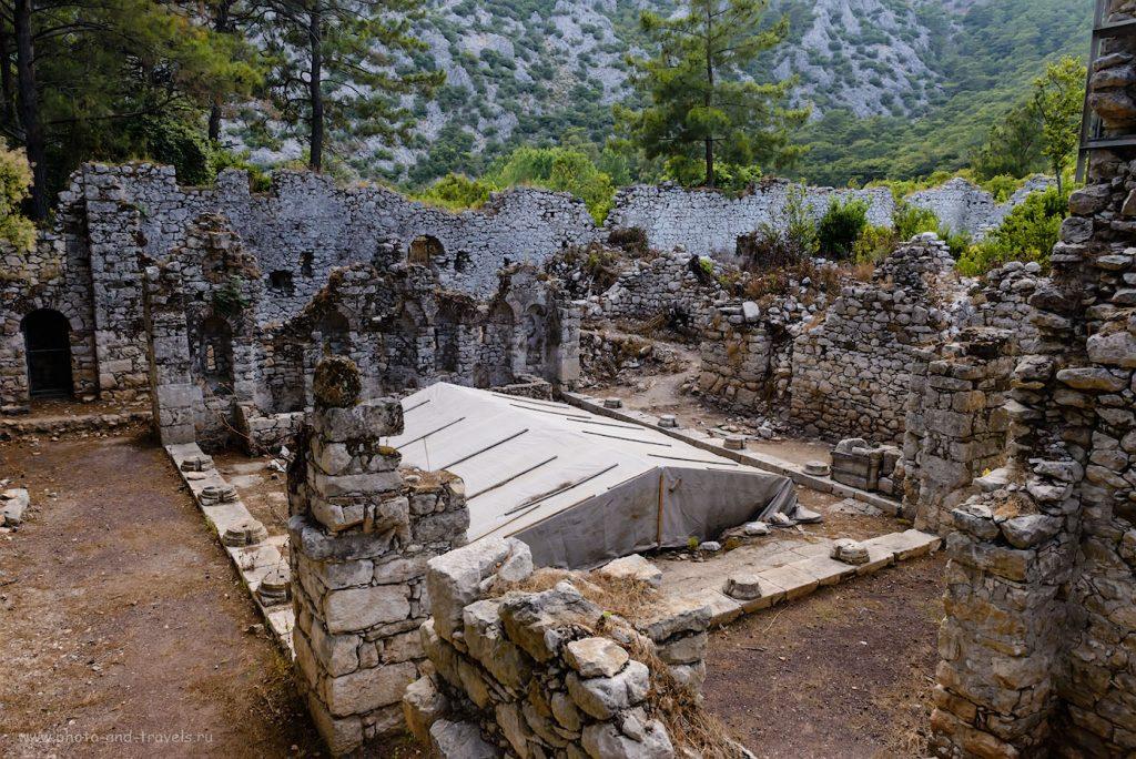 Руины античного города Олимпос