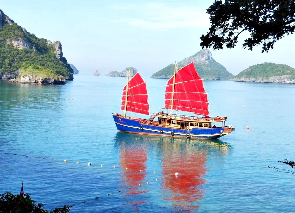 Экскурсия с острова Самуи «Алые паруса»