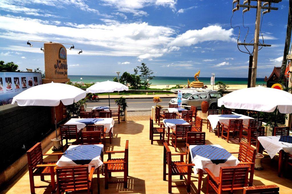 Кафе отеля Karon Princess